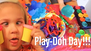 Play Doh Day Giant Doh Set