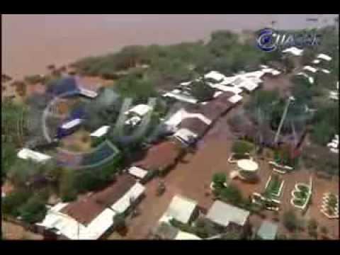 Arrasan aguas del Balsas poblados de Huetamo; llega la ayuda