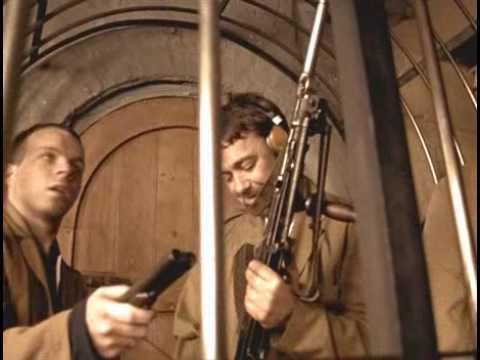 Lock, stock and two smoking barrels [bren gun first scene] napisy PL