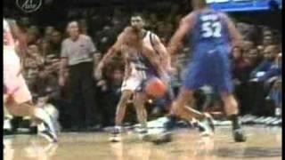 Tracy McGrady (Magic) posterizes Othella Harrington vs. Knicks