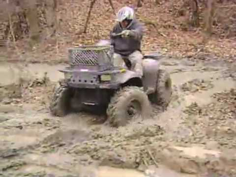 Mudding the Sportsman 400 4x4