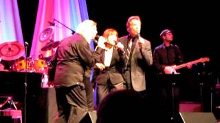 Watch Manhattan Transfer Choo Choo Chboogie video