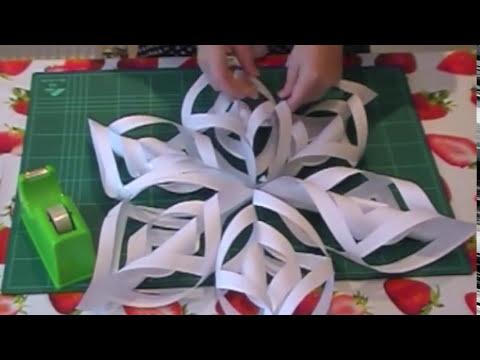 Adornos navideños: Copos de nieve de papel