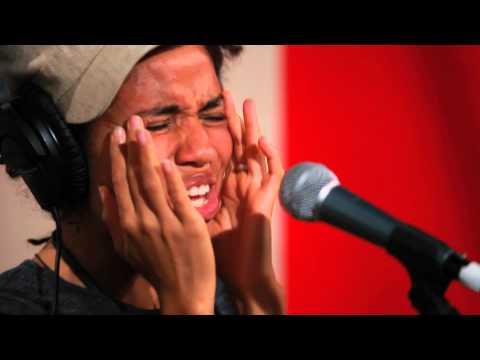 Nneka - Suffri Live