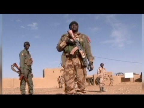 Attentat-suicide à Gao et heurts entre soldats maliens à Bamako