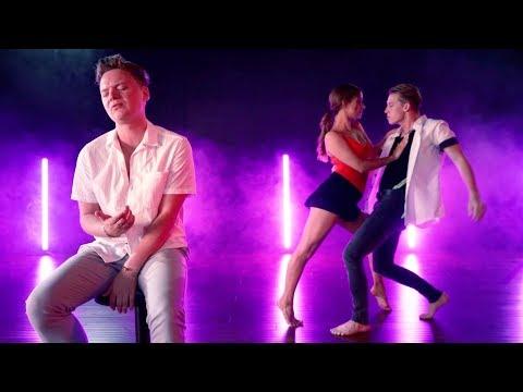 Download Lagu  Shawn Mendes, Camila Cabello - Señorita Dance + Sing    ft Josh Killacky & Erica Klein Mp3 Free