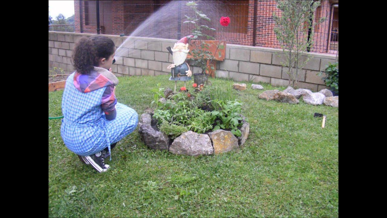 Como hacer un centro de hierbas arom ticas en tu jard n - Como disenar un jardin exterior ...
