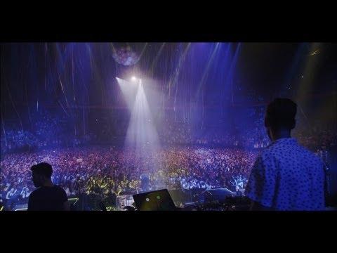 MACKLEMORE & RYAN LEWIS - 2013 FALL TOUR DOCU SERIES - EP. 01 - PRES. BY BUFFALO DAVID BITTON