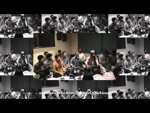 Fareed Ayaz & Abu Muhammad Qawwal: Naseema Janib-e-batha Guzar Kun video