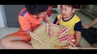 Đồ Chơi Trẻ Em Bé Pin 100% Xúc Xích Mẹ Làm ❤ PinPin TV ❤ Baby Toys Sausage Mother do