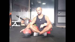 Medicine Ball Diamond Push Up