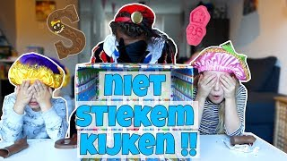 CHALLENGE !! PARTY PIET PABLO WHAT'S IN THE BOX ?! - Broer en Zus TV VLOG #83