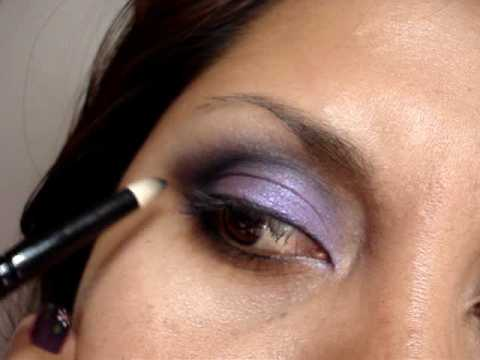 Makeup tutorial. Maquillaje Ojo ahumado Azul y violeta. Smokey eye blue. violet.