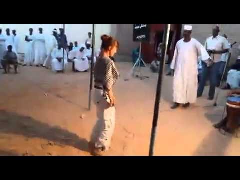 طمبور سوداني بأوروبي thumbnail