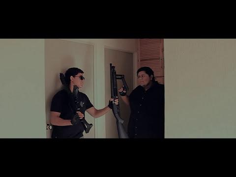 Placas y patrullas - (trailer)
