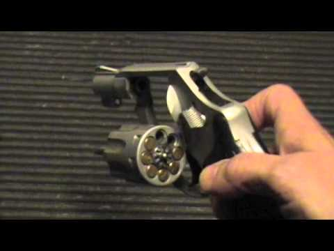 Sally Shooting S&W 317 0.22 Revolver Airlite 8-shot Smith Wesson