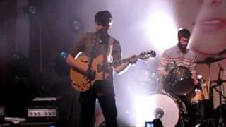 Vampire Weekend - California English (Live in Toronto, 30-Mar-2010)