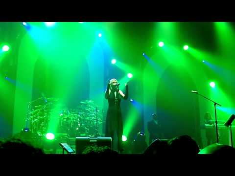 TSO 2011 BLN - The Dark (Georgia Napolitano with Al Pitrelli on guitar)
