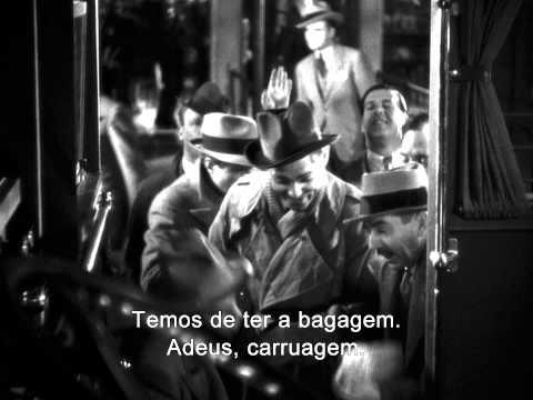 Clark Gable e Claudette Colbert se juntam para muitas gargalhadas como dois amantes que não combinam nesta divertida comédia clássica de 1934. A mimada Ellie Andrews (Colbert) foge de seu...