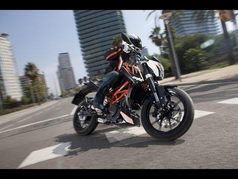 Premiere KTM 390 Duke Eicma 2013