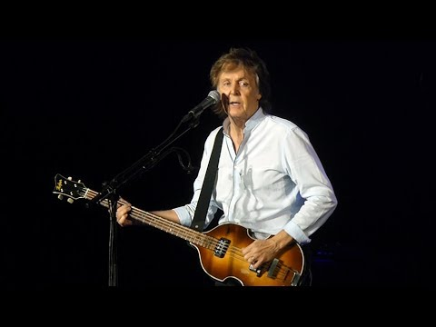 Paul McCartney - Get Back [Live at Suncorp Stadium, Brisbane - 09-12-2017]