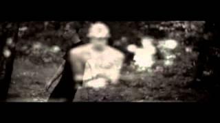 Watch Machine Gun Kelly Alice In Wonderland video