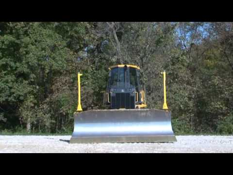 John Deere Crawler Dozer Safety Tips