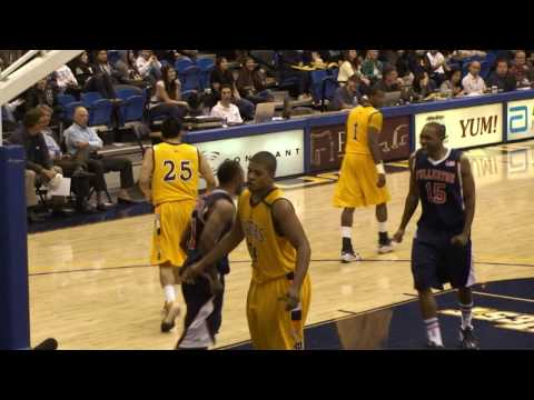 CAL STATE FULLERTON TITANS AT UC IRVINE ANTEATERS (02/10/10) Video