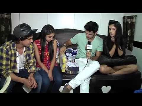 Download Christmas Fun With Kaisi Yeh Yaarian Team! Video to 3gp, Mp4