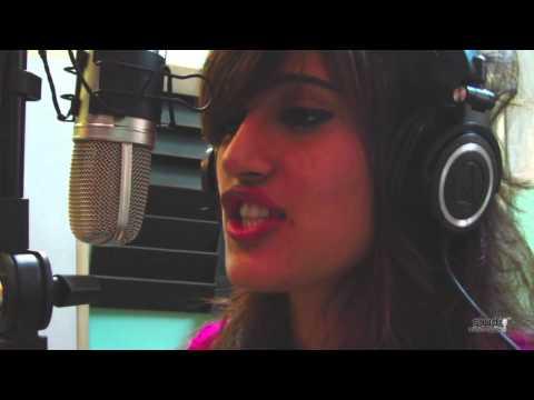 Yo Yo Honey Singh- Brown Rang Dhol Mix- (female) video