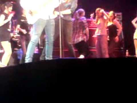 Spinal Tap - Big Bottoms. Live at Wembley Arena 300609