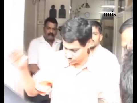 Top Aide Of Gangster Ejaz Lakdawala  Arrested In Delhi