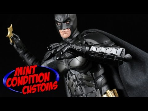 The Dark Knight Rises Hot Toys Dx-12 Batman 1/6 Scale Collectible Action Figure Review
