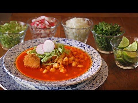 POZOLE ROJO DE PUERCO Y POLLO ¿Cómo preparar pozole rojo de puerco y pollo?