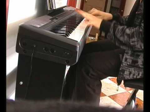 David Guetta: Love is Gone on piano