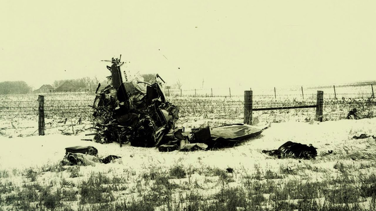 Buddy Holly - The Coroner s Report FiftiesWeb Buddy holly plane crash photos