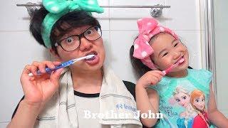 보람이와 아빠의 치카치카 양치질 씻기 놀이 Boram Pretend Play with Brush Teeth