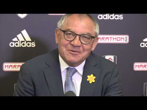 Felix Magath: Dzeko should get on my bike to fulham