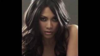 Watch Anggun Dream Of Me video