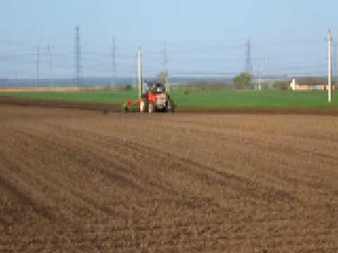 ferguson 168 spc 6 vetes kukorica corn seed planting 65 hp le