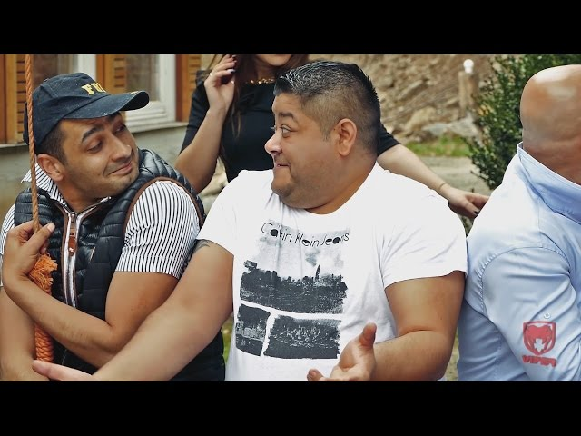 Alex de la Cluj - Tocana cu bolovani [VIDEOCLIP OFICIAL 2015]
