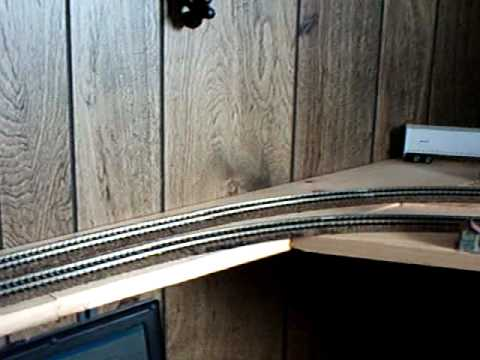 HO SCALE SHELF LAYOUT