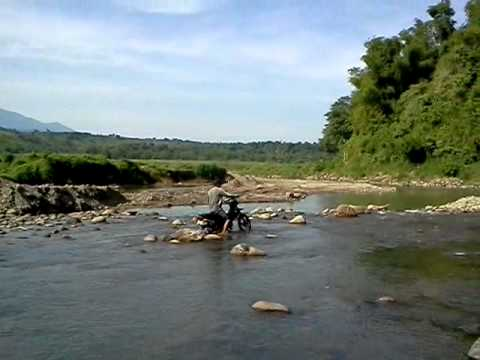 Honda xrm 110 river crossing