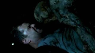 Fringe Season 2.02 Scene - Oliva is atttack by the Molebaby