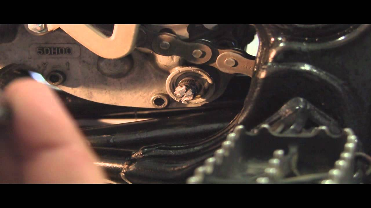 Replace Shift Shaft Oil Seal in Seconds  2 Stroke 1998