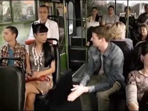 Облапали телку в автобусе 7