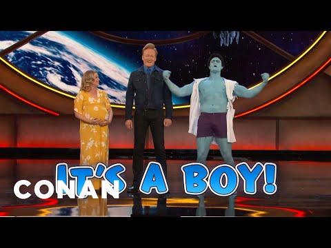 download lagu The Gender Reveal Hulk - CONAN on TBS gratis