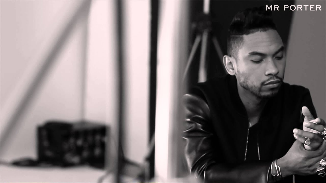 Miguel 39 how many drinks 39 an acoustic session behind for Mr porter live