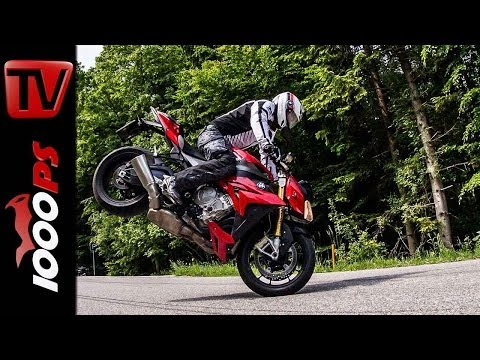 BMW S1000 R Stunts | StuntFriday Action