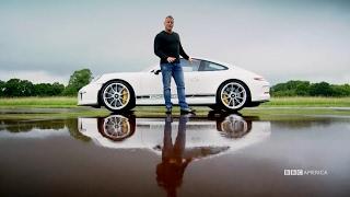 Matt LeBlanc Drives the Porsche 911 R | Top Gear Season 23